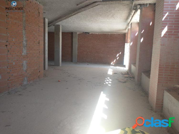 Local en venta en C/ Presidente José Maria Aznar 40, Arganda Del Rey. Madrid 2