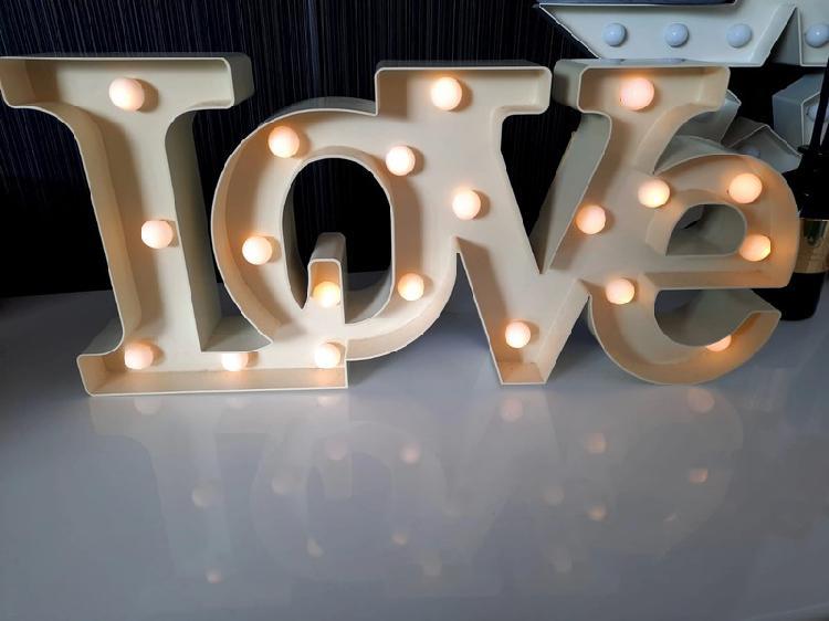 Luces led figura amor el corte inglés