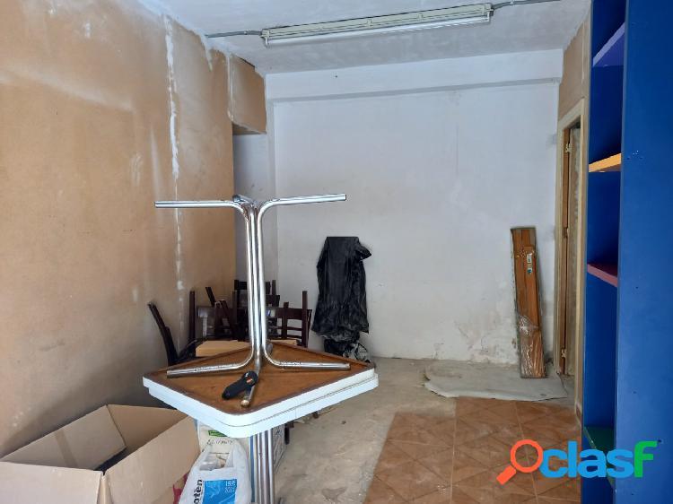 Local comercial zona los ángeles de 82 m2. (alicante) ideal para almacén o trasteros.