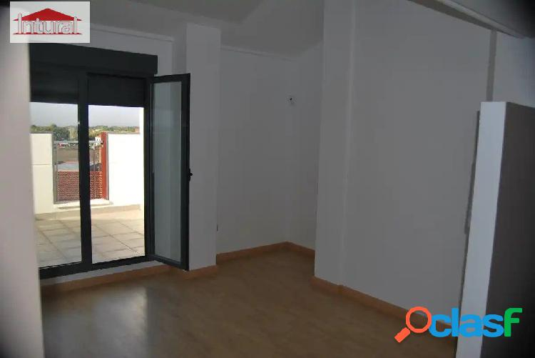 Ático en venta zona Carrefour/ San Pedro con terraza y garaje 2