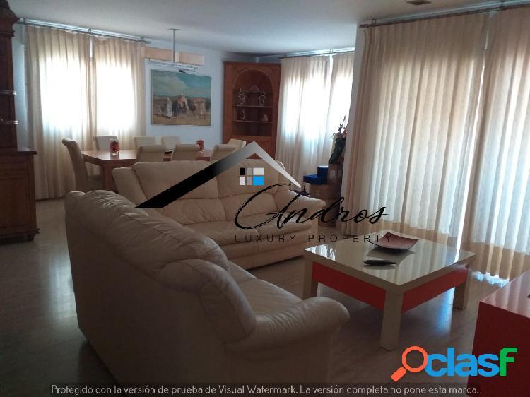 Ático de dos dormitorios en venta, san pedro alcántara (marbella)