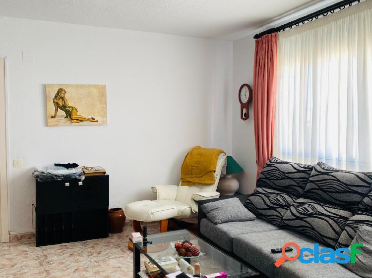 Luminoso y estupendo piso en el centro de Mahón 2