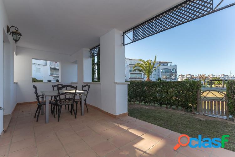 Bonito apartamento ubicado en el magnífico residencial La Torre Golf Resort,