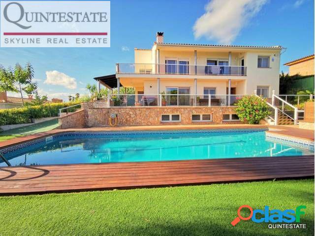 Villa en urbanización La Montgoda, Lloret de Mar 2