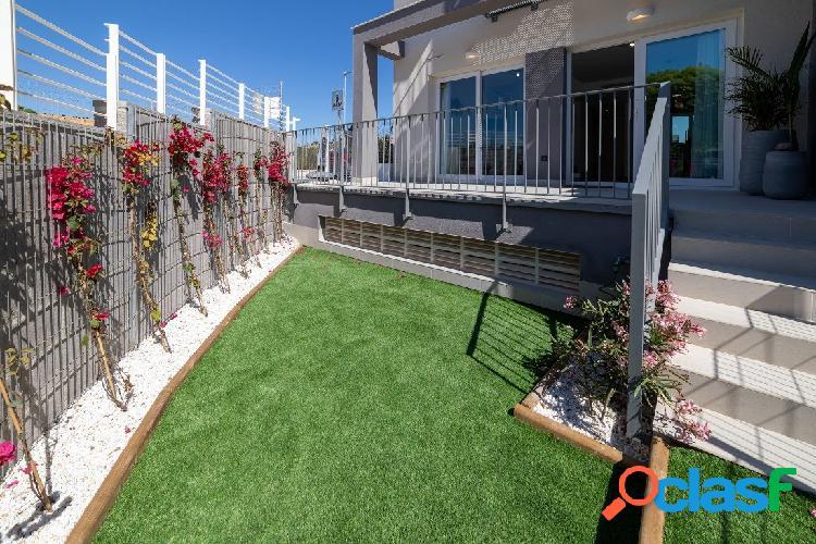 Costa blanca, alenda golf, adosado de obra nueva con piscina y jardín