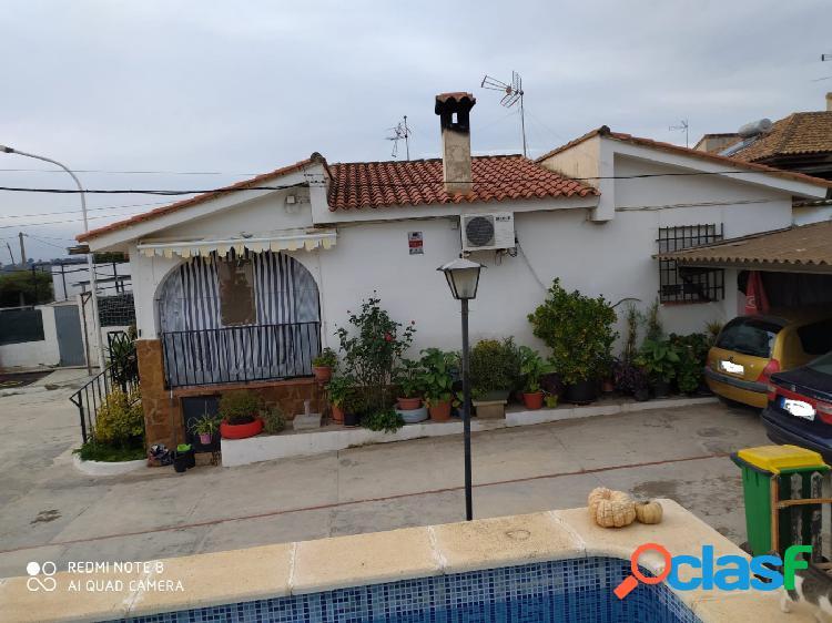 Chalet reformado venta en lliria-urb. secanet, casa 130 m², 280.000€