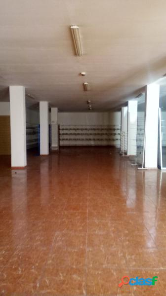 Local alquiler burjassot-polideportivo, 494 m², 1 baño, 1.200€/mes