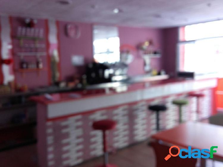 Local diáfano burjassot,godella, 269 m², 2 baños 200.000€, disponible en alquiler 950€/mes