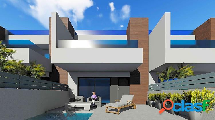 Casa adosada de obra nueva en Benijofar