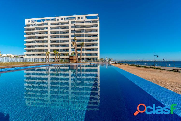 Apartamentos en primera línea del mar en Punta Prima, Torrevieja