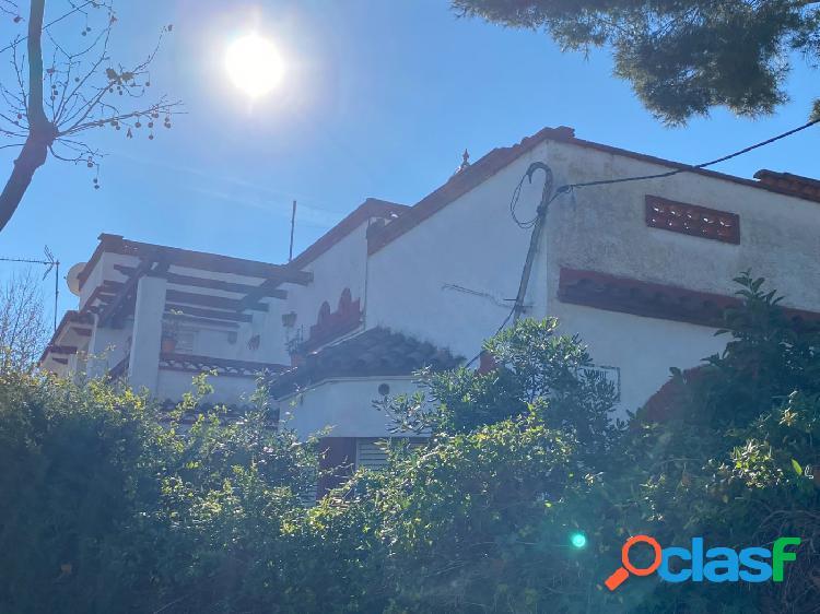 Casa rustica a 4 vientos para rehabilitar de 250m2 en Montemar Bajo 1