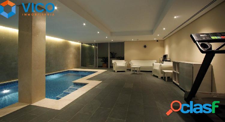 Casa con piscina privada en nervion!!