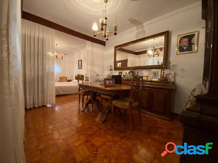Casa en Puerto Real zona Centro, 200 m. de superficie construida. 3