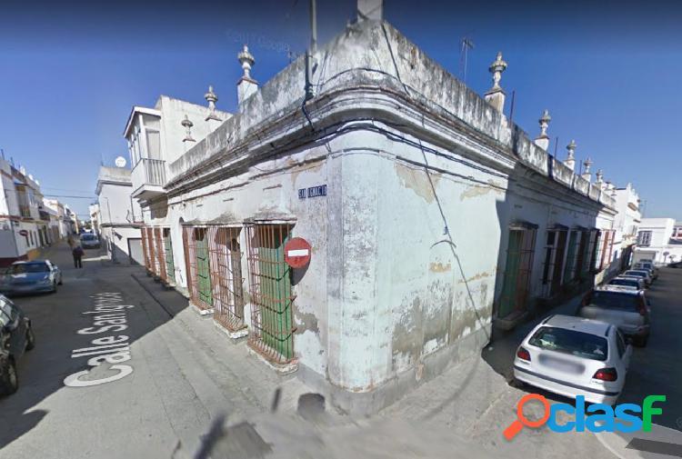 Casa en Puerto Real zona Centro, 733 m. de superficie, 653 m. superficie parcela,