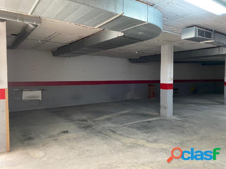 Garaje en puerto real zona centro c/ nueva cerca del paseo marítimo