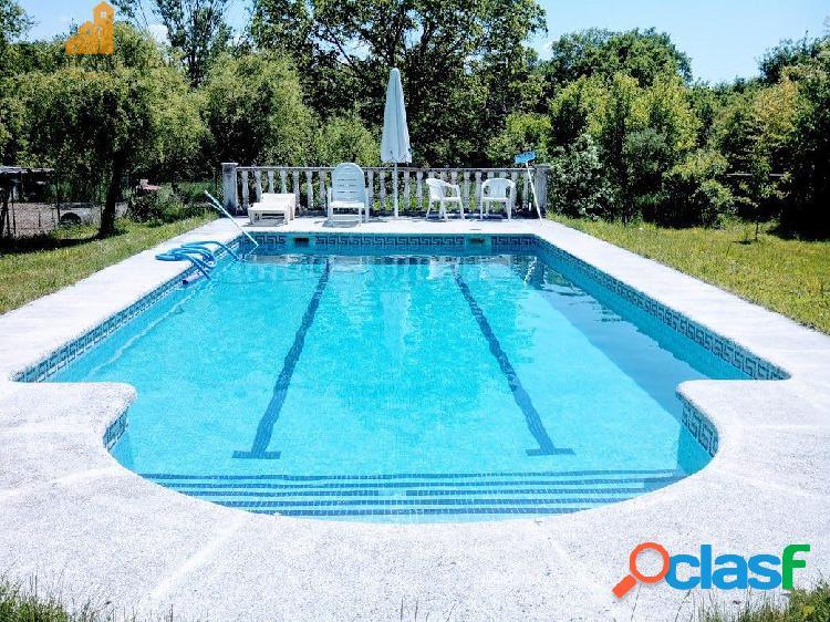 Se vende chalet de piedra con piscina en Amoeiro, Ourense. 1