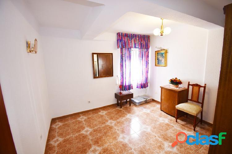 Se vende apartamento de 2 dormitorios en Fuengirola 3