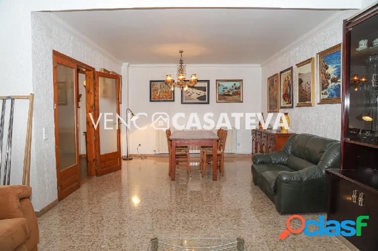 Casa en venta a 5 minutos del centro del pueblo de Torroella de Montgrí 2