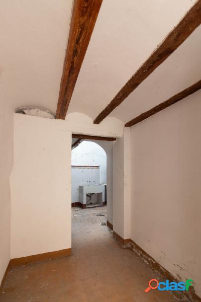 Casa solar en venta en casco antiguo, esquinera para construir unifamiliar o promoción de vivienda