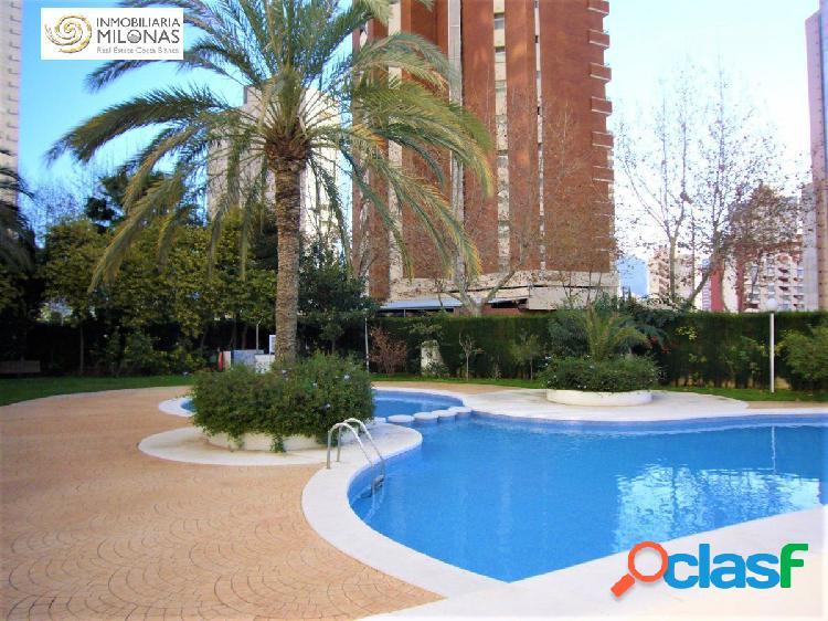 Apartamento Ubicado en preciosa urbanización con piscina 1
