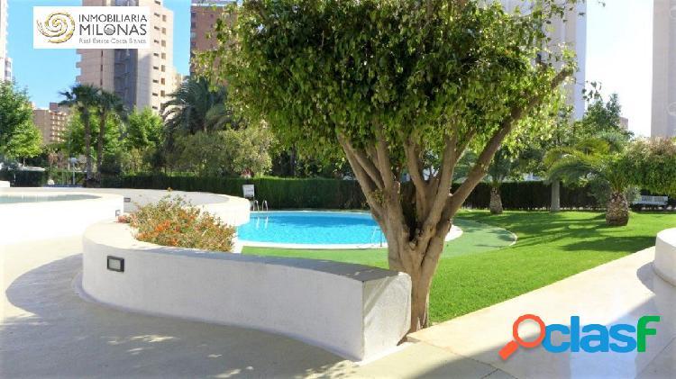 Apartamento Ubicado en preciosa urbanización con piscina 2