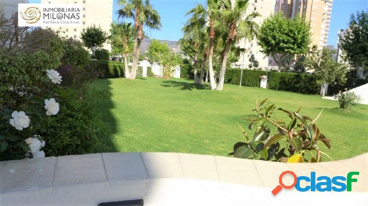 Apartamento Ubicado en preciosa urbanización con piscina 3