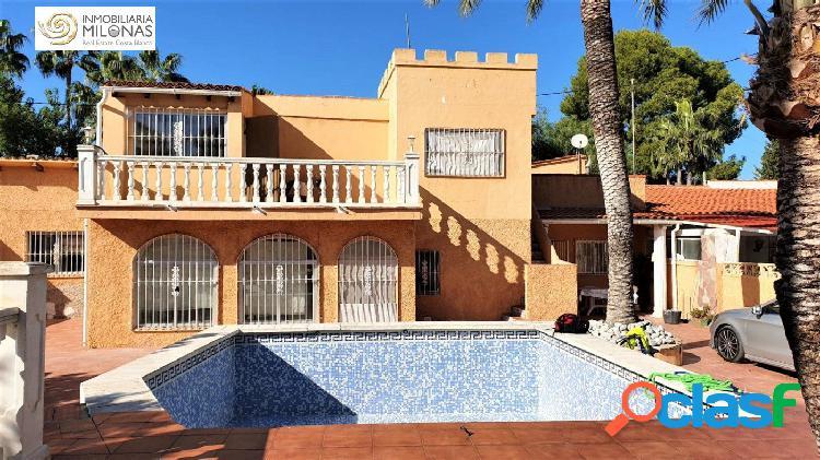 Benidorm, zona Mercadillo del Rincón - Chalet independiente con estudio y piscina. 1