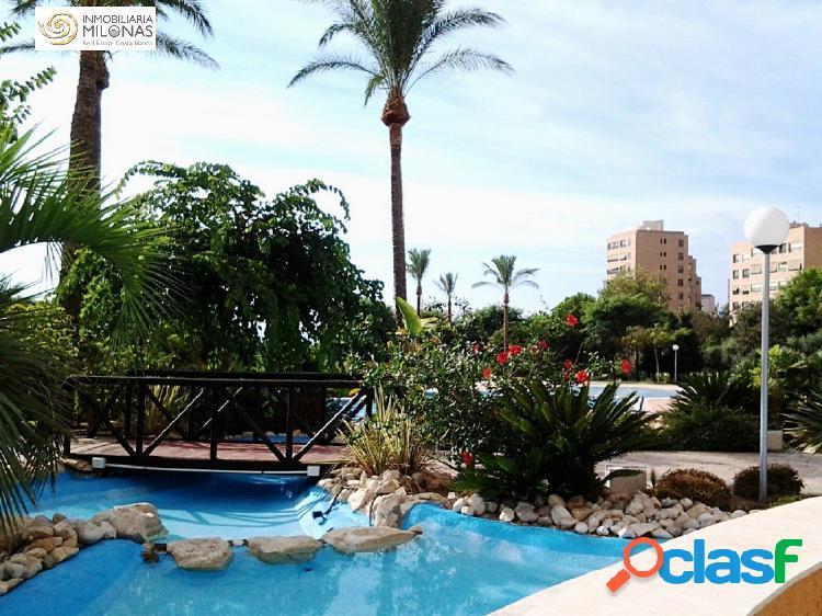 Piso de 150 m2 de 3 dormitorios con vistas al mar a 400m Playa Poniente 1