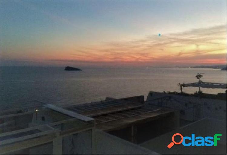 Precioso apartamento de 2 dormitorios y amplia terraza con vistas al mar. 2