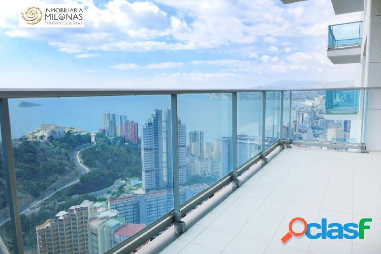 Moderno piso de 2 dormitorios con inmejorables vistas al mar y a la montaña, 2