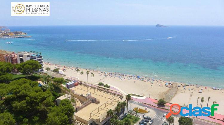 Primera línea playa poniente - apartamento de diseño con unas vistas espectaculares al mar