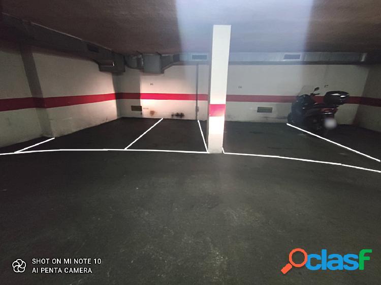 Garaje para 3 vehículos en Santa Marina 3