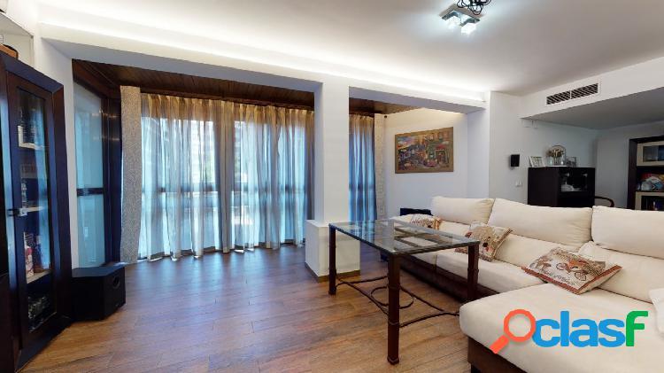 3 dormitorios en pleno centro, con mucha luz y terraza 1