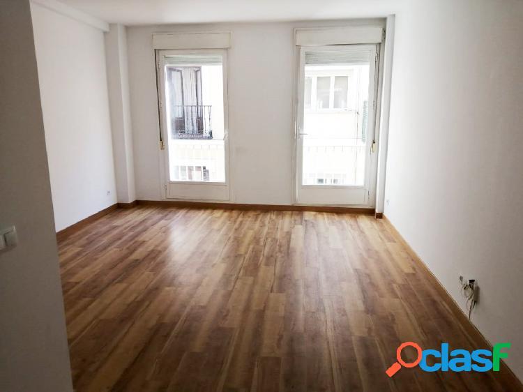 Apartamento 60m2, un dormitorio junto metro latina
