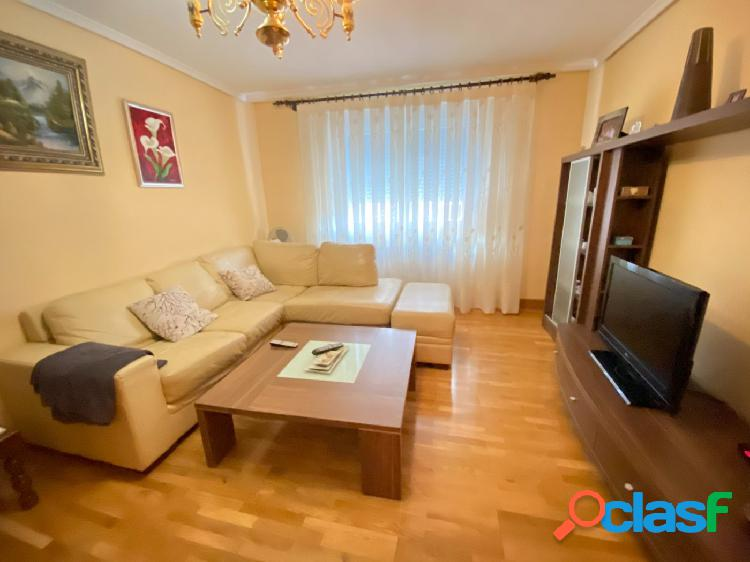 Se alquila precioso piso amueblado con todos los gastos incluidos - wifi, calefacción, agua, luz...