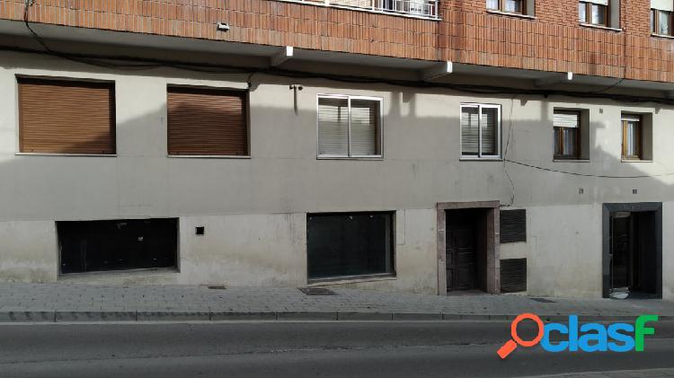Local en alquiler en cuéllar. zona plaza de toros. ref. 1690