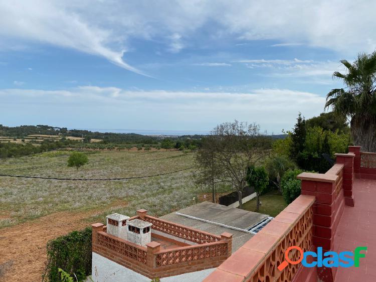 Finca rustica con vistas al mar a la venta en Vilanova i la Geltrú 2