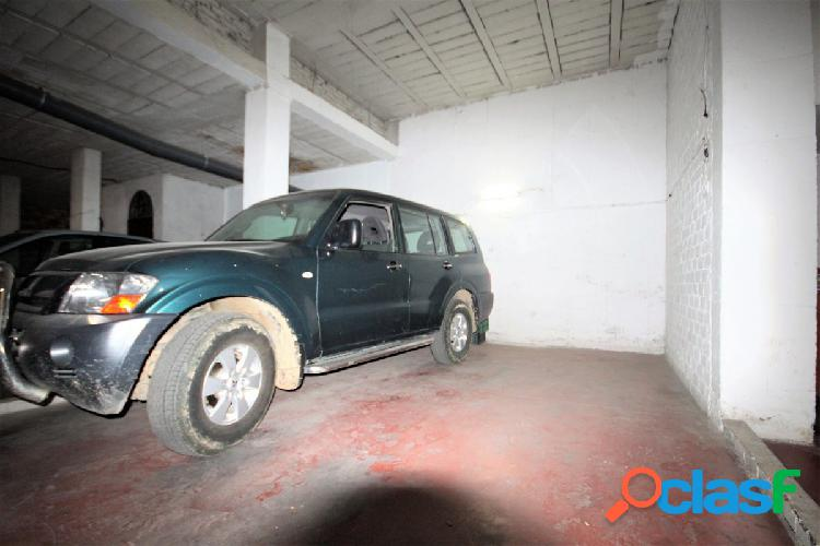 Plaza de garaje para dos coches