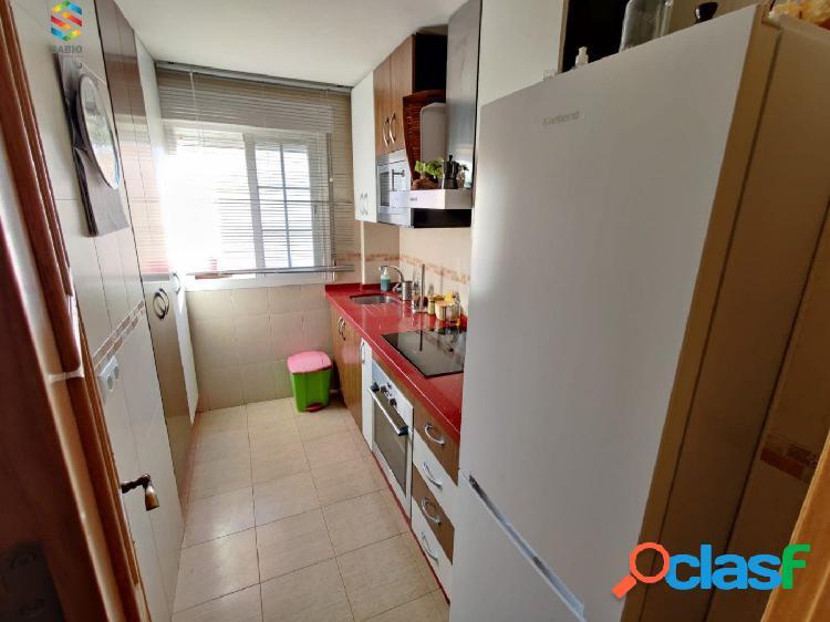Estupendo piso de 2 Dormitorios en Carchuna 3