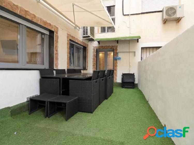 Piso reformado con terraza y parking cerca colegio de la milagrosa