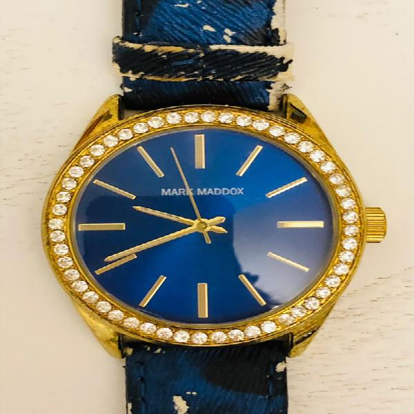 Reloj mark maddox dorado con brillantes