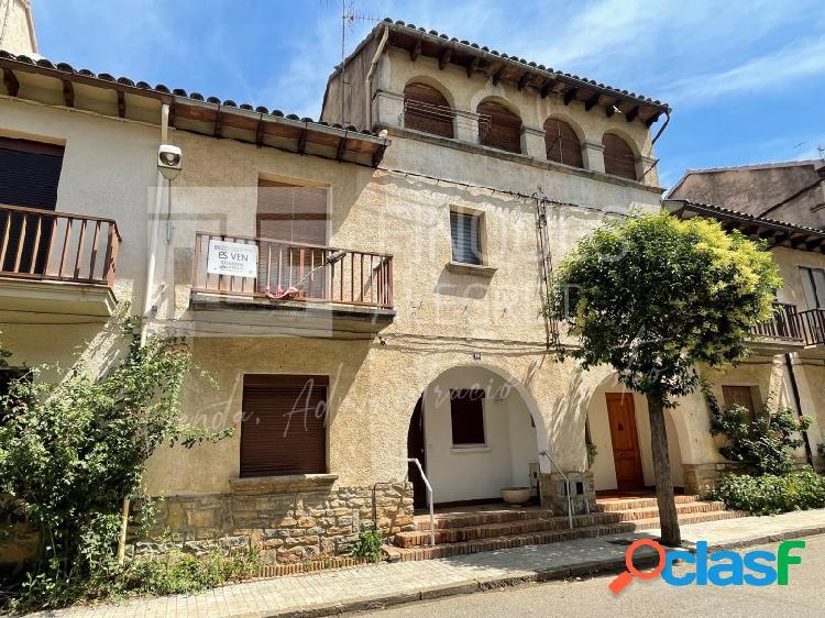Casa adosada a la pobla de segur - 157.500€