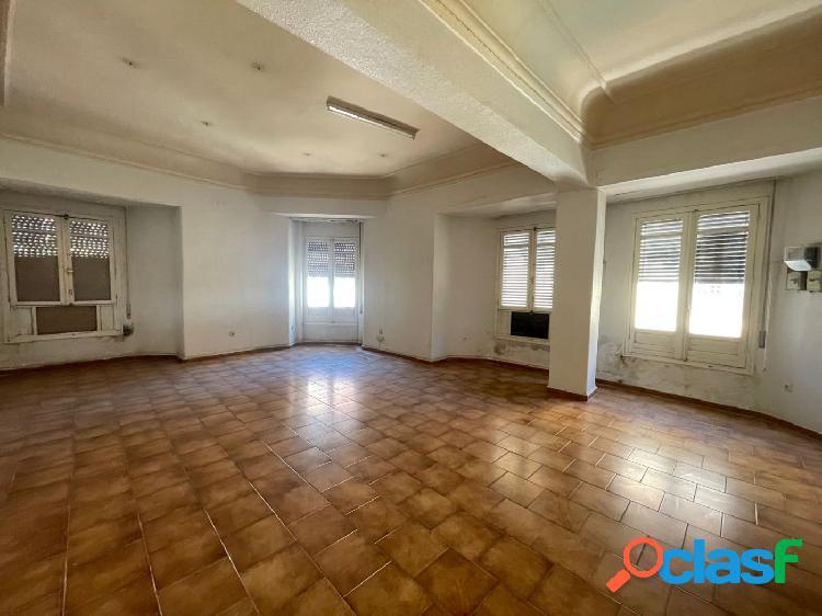 Magnífico piso en edificio señorial en pleno centro de cordoba capital