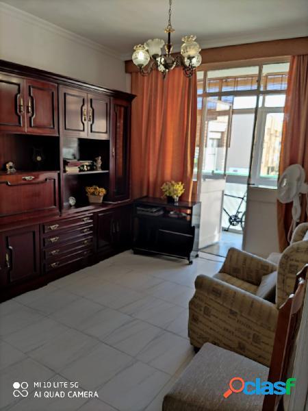 Se vende piso en urbanización carteya a aun precio inmejorable.