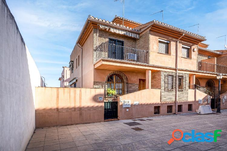 Espectacular casa en venta junto Mondragones 1