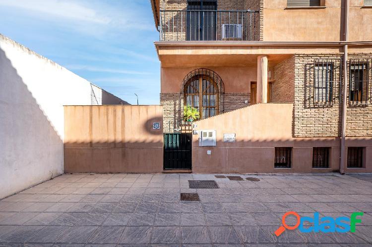 Espectacular casa en venta junto Mondragones 3
