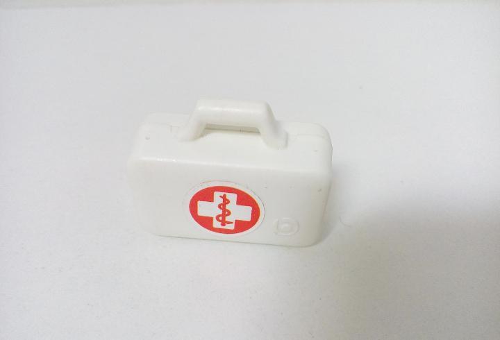 Playmobil maletin blanco pegatina ambulancia 4221 hospital