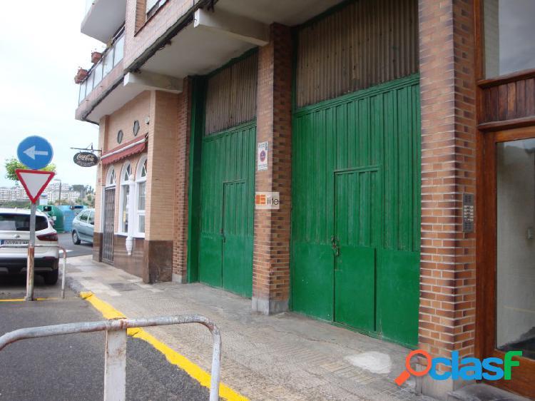 Elite inmobiliaria vende local comercial de 164 metros en el centro histórico de castro urdiales.