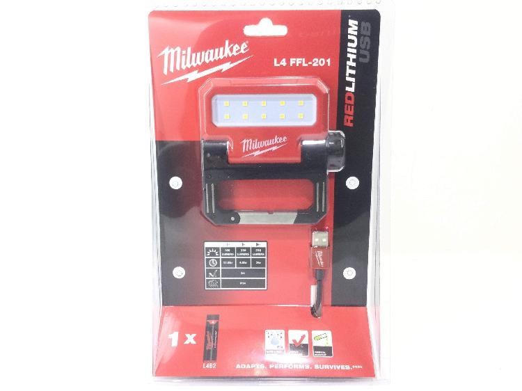 Lampara portatil taller milwaukee l4 ffl-201