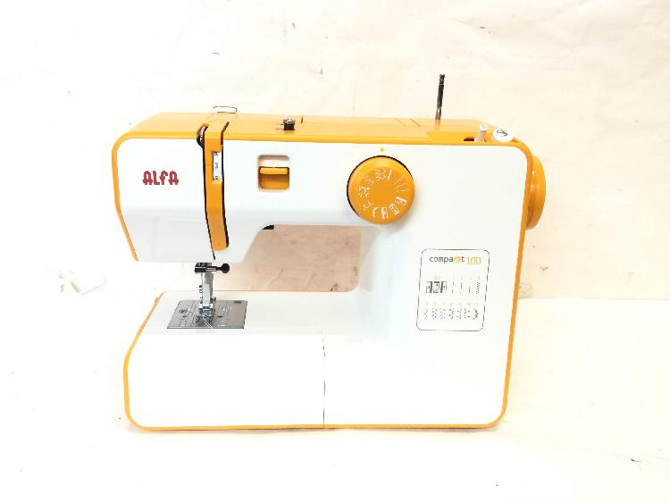 Maquina coser alfa compakt100